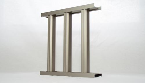 自由設計ガレージリベルテ バルコニーフェンス素材 立格子画像